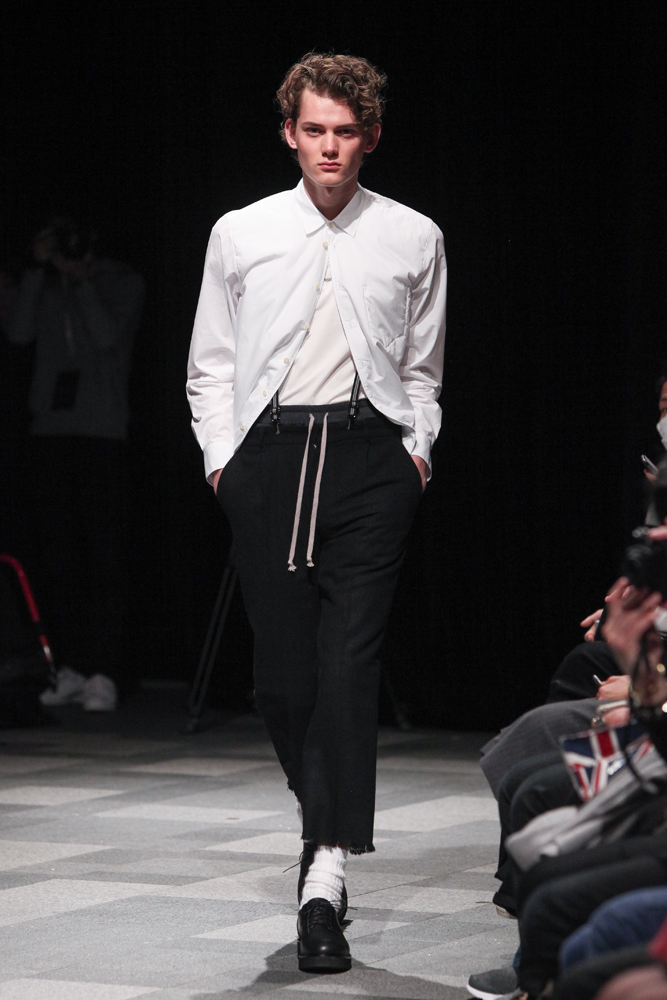 discovered-201617aw-runway003