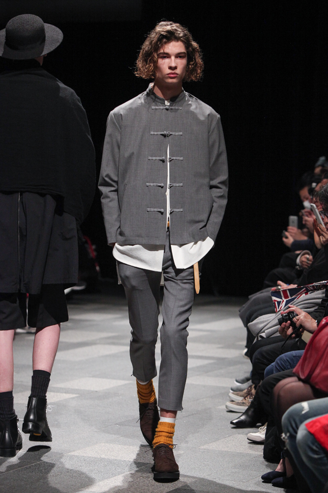 discovered-201617aw-runway004