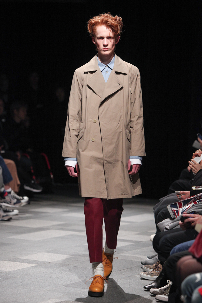 discovered-201617aw-runway012