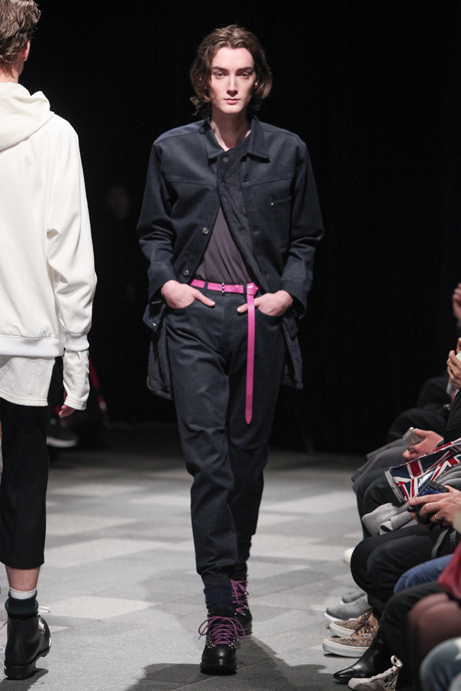 discovered-201617aw-runway013