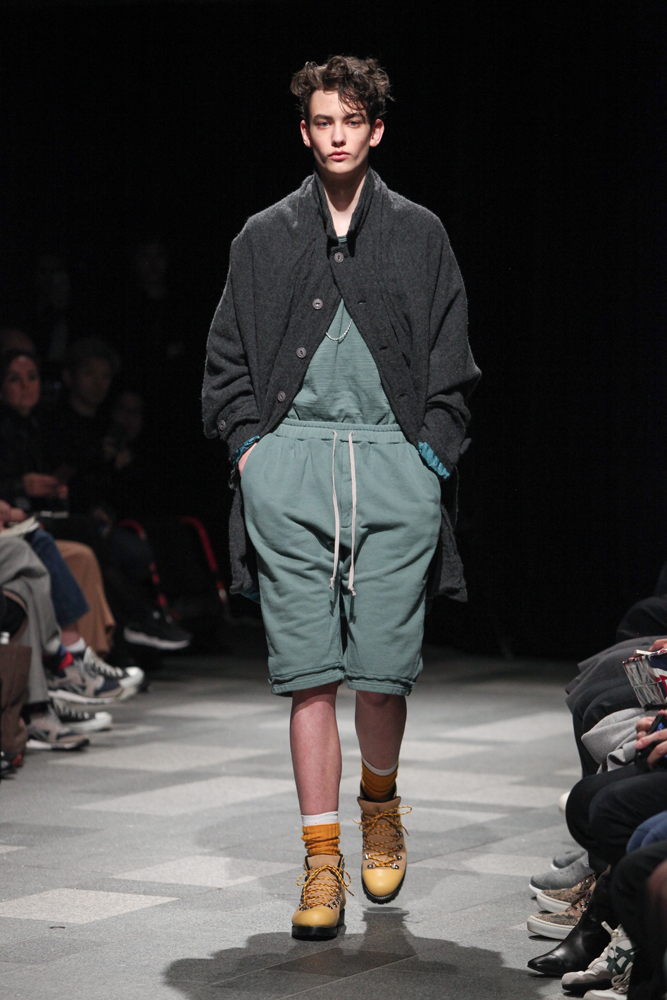 discovered-201617aw-runway016