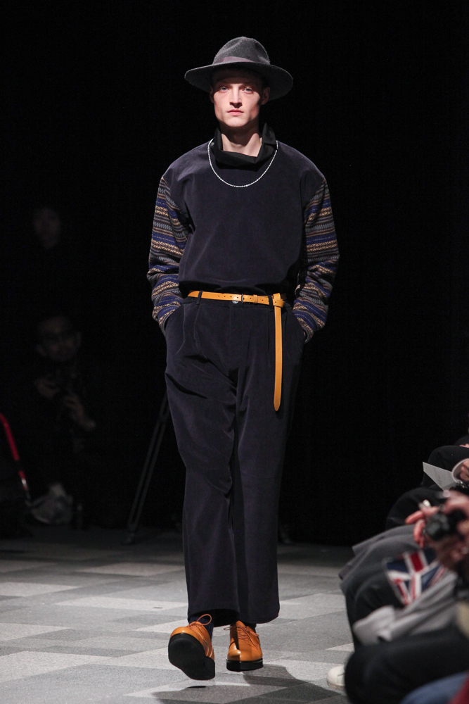 discovered-201617aw-runway022