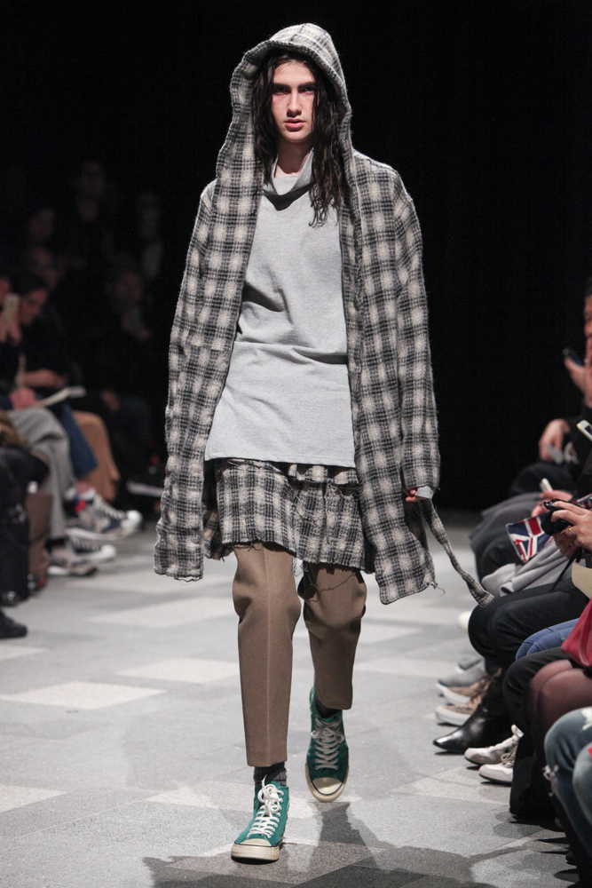 discovered-201617aw-runway023