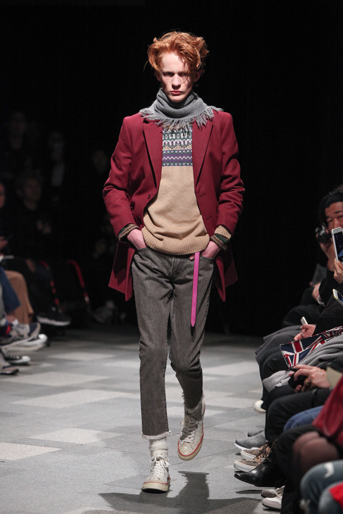 discovered-201617aw-runway024