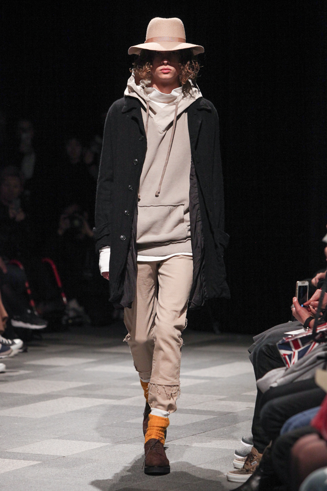 discovered-201617aw-runway032