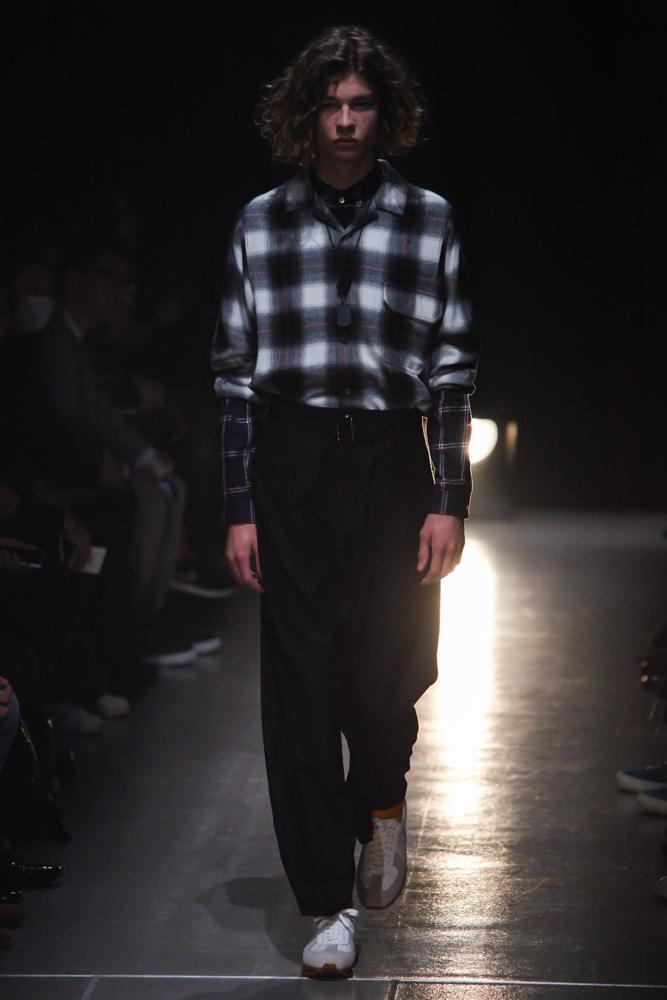 name-201617aw-look002