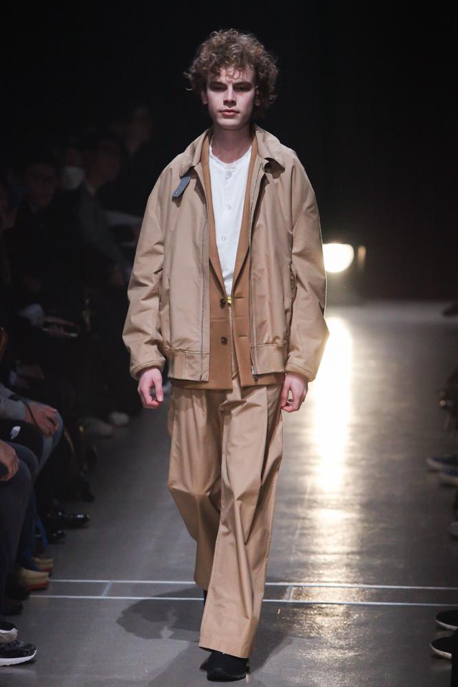 name-201617aw-look007