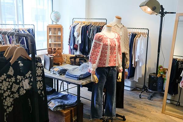 渋谷・古着屋 mericca(メリッカ)現代のスタイルに合わせやすい服をセレクト