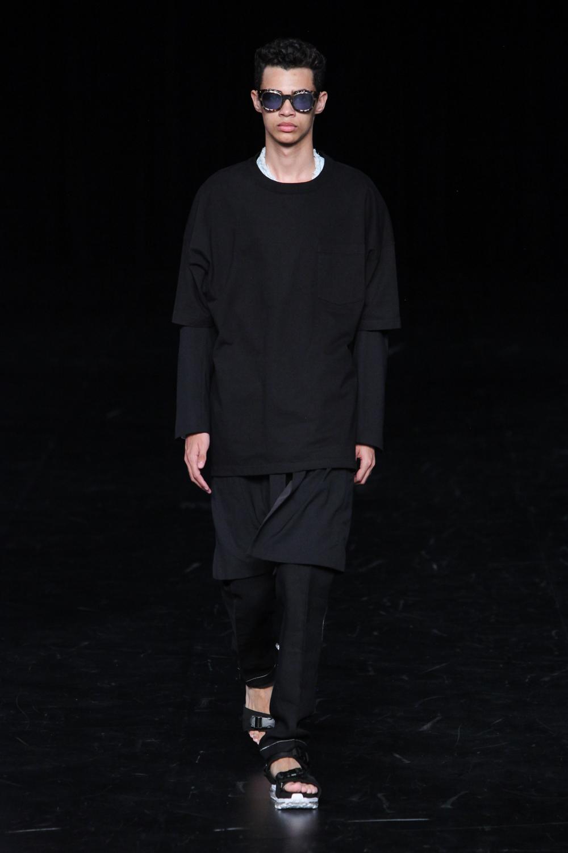 Name.(ネーム)2017年春夏コレクション。デザイナーは「Noriyuki Shimizu(清水 則之)」。