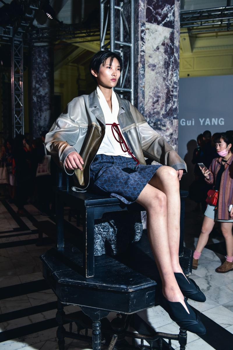 中国で注目の若手デザイナーを紹介 「SAMUEL Gui YANG(サムエル ガイ ヤング)」2017年春夏コレクションのテーマは「レトロ」