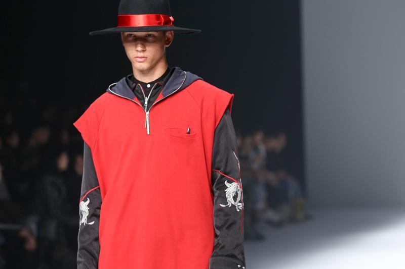 2016 Tokyo 新人デザイナーファッション大賞(The Tokyo New Designer Fashion Grand Prix)LUCIOLE_ JEAN PIERRE(リュシオール ジャン ピエール)