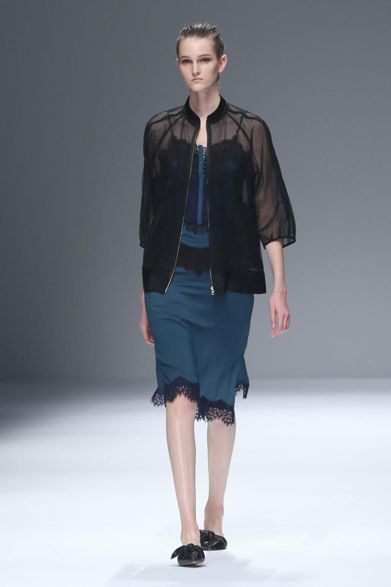 2016 Tokyo 新人デザイナーファッション大賞(The Tokyo New Designer Fashion Grand Prix)RIEKA INOUE GNU(リエカ イノウエ ヌー)