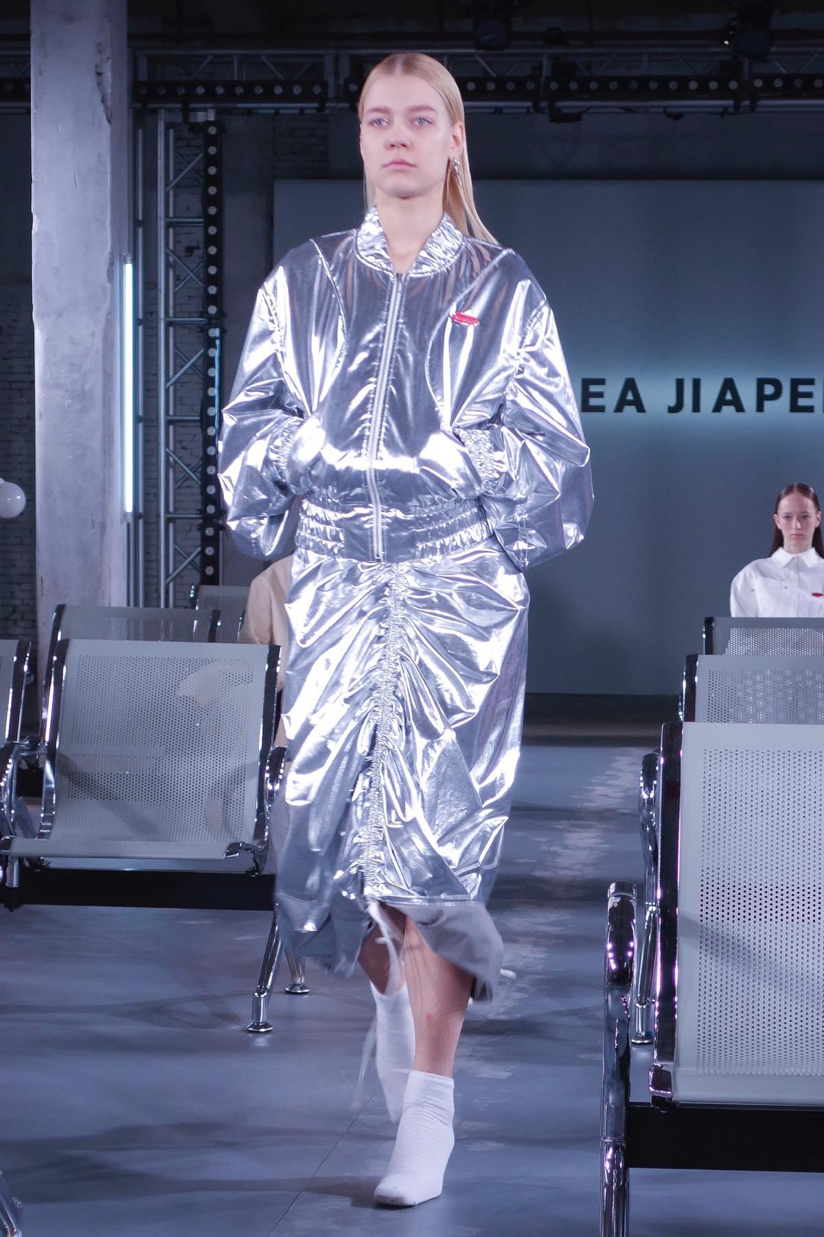 中国で注目の若手デザイナー 「ANDREA JIAPEI LI(アンドレア・ジャーペイ・リー)」の2017年秋冬コレクション