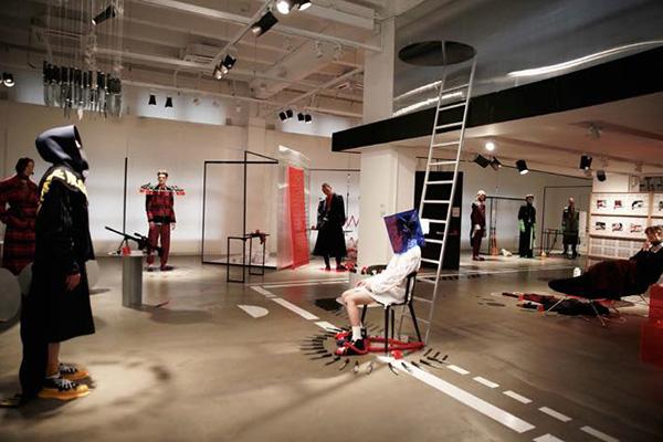 中国で注目の若手デザイナー 「STAFFONLY(スタッフオンリー)」の2017年秋冬コレクション