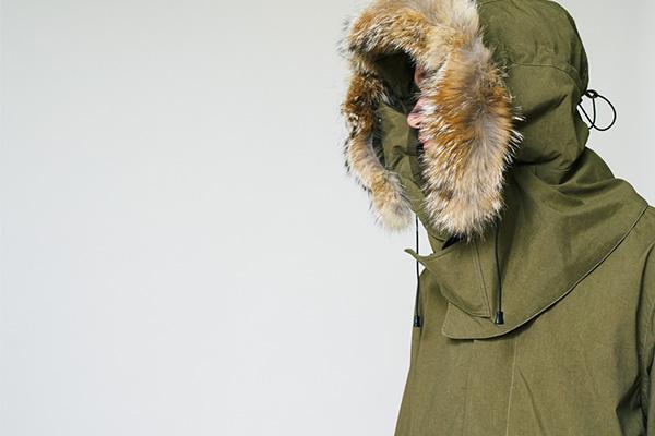 meanswhile(ミーンズワイル)の2017-18年秋冬コレクション。デザイナーは、藤崎尚大(Naohiro Fujisaki)。