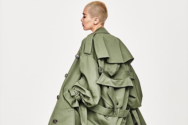KANIZSA(カニッツァ)2018年春夏コレクション。 デザイナーは、本田剛(Goh Honda)。