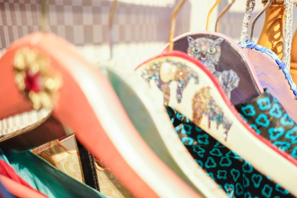 """東京・下北沢の古着屋 bed(ベッド)""""毒特""""な雰囲気の""""ヤバンギャルド""""なお店"""