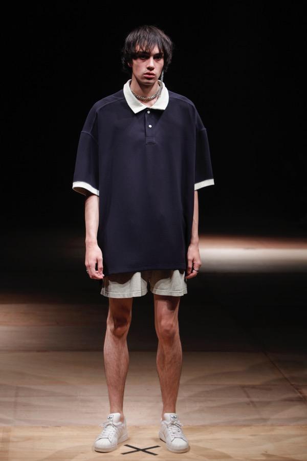 THIBAUT(ティボー)2018春夏コレクション。デザイナーは原宿の古着屋「MELANGE(メランジェ)」のバイヤーでもある伴 芽衣子。