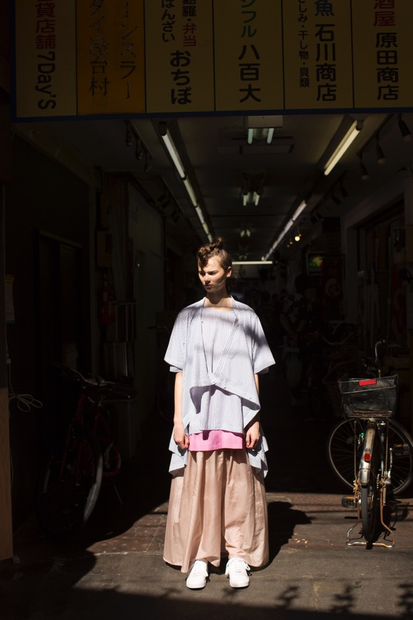Harikae(ハリカエ)の2019年春夏コレクション。テーマは「民俗学」。