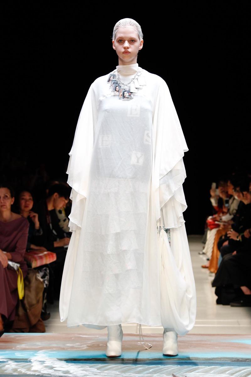 PERMINUTE(パーミニット)の2019-20年秋冬コレクション。テーマは「YESES」。
