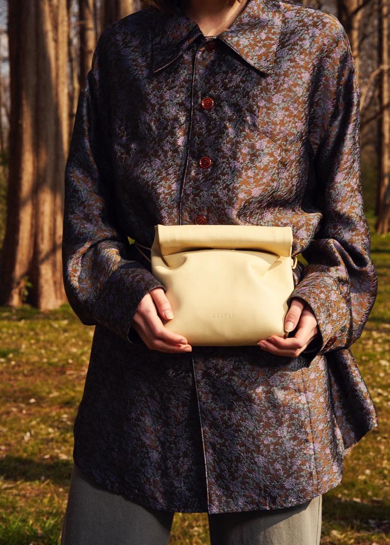 BELPER(ベルパー)の2019-20年秋冬コレクション。テーマは「ATONEMENT」。デザイナーは尾崎雄一。
