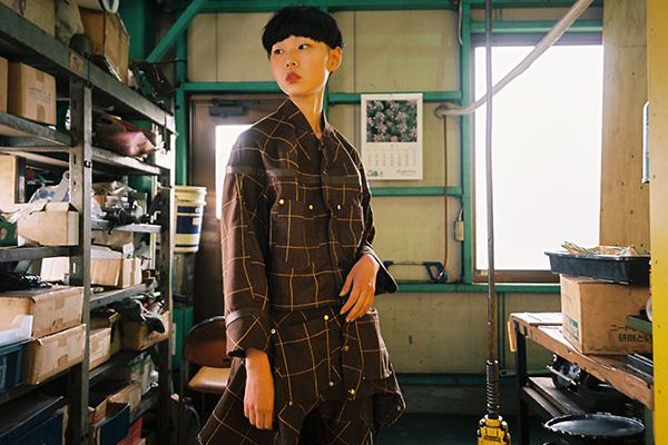 絵を描いて服を造るをコンセプトにする「odd_ (オッド)」のコレクション「006-19」。