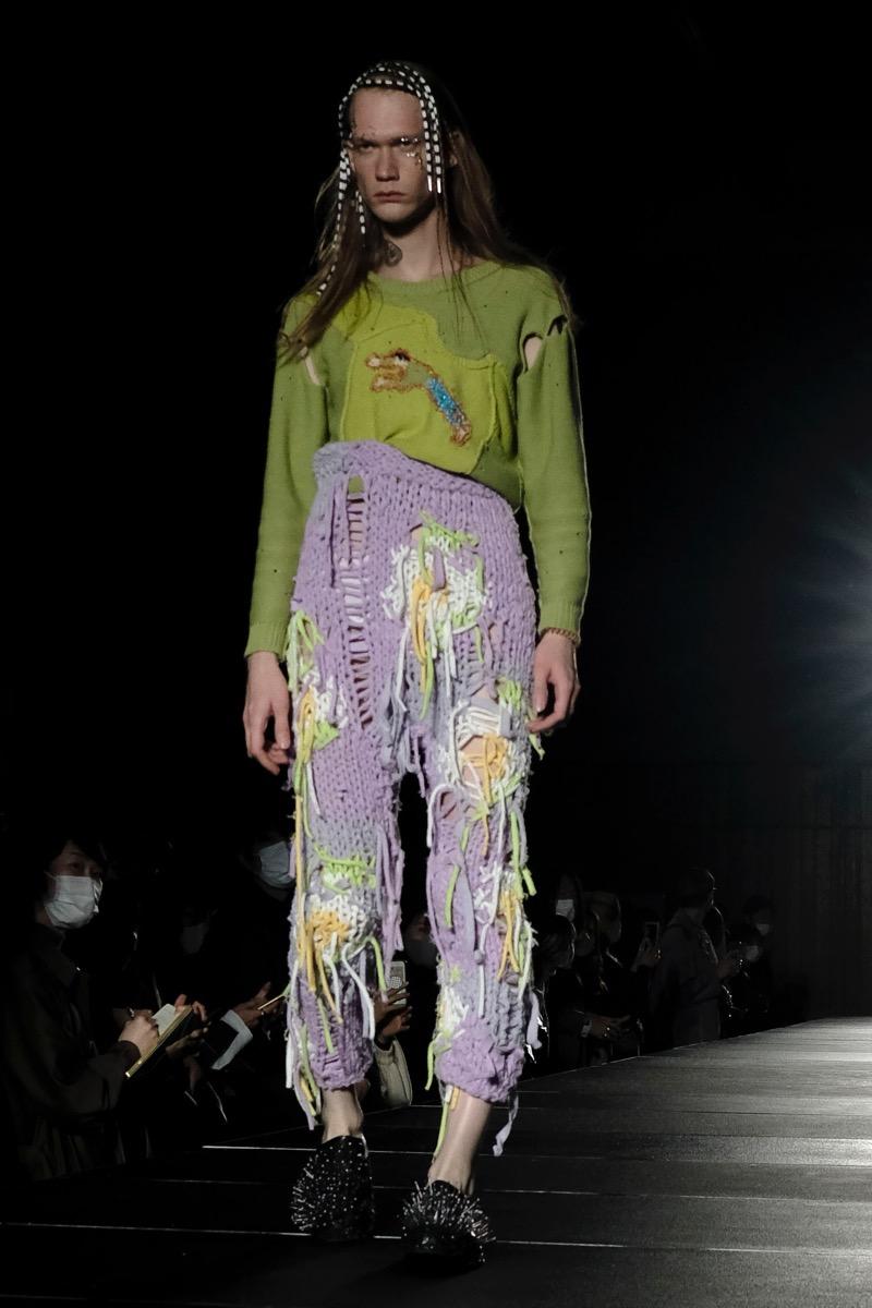 pillings(ピリングス)の2021年春夏コレクション。「RYOTA MURAKAMI」からブランド名を変更した最初のコレクション。